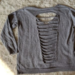 Express Sweater with cut outs L